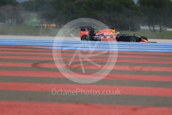 World © Octane Photographic Ltd. Pirelli wet tyre test, Paul Ricard, France. Monday 25th January 2016. Red Bull Racing RB11 – Daniel Ricciardo. Digital Ref: 1498LB1D5649