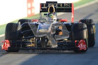 World © Octane Photographic 2010. © Octane Photographic 2011. Formula 1 testing Friday 18th February 2011 Circuit de Catalunya. Renault R31 - Nick Heidfeld. Digital ref : 0024CB7D9663
