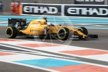 World © Octane Photographic Ltd. Renault Sport F1 Team RS16 - Kevin Magnussen. Friday 25th November 2016, F1 Abu Dhabi GP - Practice 1, Yas Marina circuit, Abu Dhabi. Digital Ref :