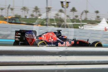 World © Octane Photographic Ltd. Scuderia Toro Rosso STR11 – Daniil Kvyat. Friday 25th November 2016, F1 Abu Dhabi GP - Practice 1, Yas Marina circuit, Abu Dhabi. Digital Ref :