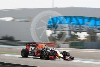 World © Octane Photographic Ltd. Red Bull Racing RB12 – Daniel Ricciardo. Friday 25th November 2016, F1 Abu Dhabi GP - Practice 1, Yas Marina circuit, Abu Dhabi. Digital Ref :