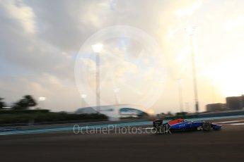 World © Octane Photographic Ltd. Manor Racing MRT05 - Pascal Wehrlein. Friday 25th November 2016, F1 Abu Dhabi GP - Practice 2, Yas Marina circuit, Abu Dhabi. Digital Ref :