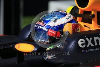 World © Octane Photographic Ltd. Red Bull Racing – Daniel Ricciardo. Sunday 20th March 2016, F1 Australian GP - Grid, Melbourne, Albert Park, Australia. Digital Ref : 1523LB1D6661