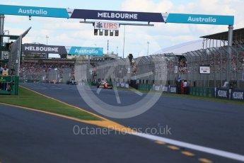 World © Octane Photographic Ltd. Scuderia Ferrari SF16-H – Sebastian Vettel. Sunday 20th March 2016, F1 Australian GP Race, Melbourne, Albert Park, Australia. Digital Ref : 1524LB1D7331