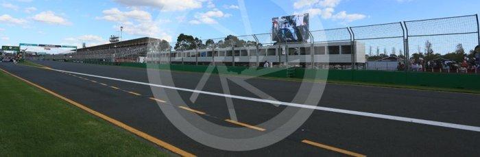 World © Octane Photographic Ltd. Race red flagged. Sunday 20th March 2016, F1 Australian GP Race, Melbourne, Albert Park, Australia. Digital Ref : 1524LB5D2257
