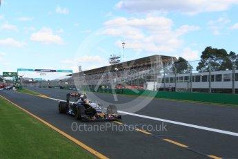 World © Octane Photographic Ltd. Scuderia Toro Rosso STR11 – Carlos Sainz. Sunday 20th March 2016, F1 Australian GP Race, Melbourne, Albert Park, Australia. Digital Ref : 1524LB5D2289