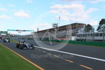 World © Octane Photographic Ltd. Mercedes AMG Petronas W07 Hybrid – Lewis Hamilton Sunday 20th March 2016, F1 Australian GP Race, Melbourne, Albert Park, Australia. Digital Ref : 1524LB5D2295