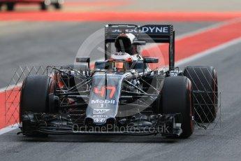 World © Octane Photographic Ltd. McLaren Honda MP4-31 – Stoffel Vandoorne. Wednesday 18th May 2016, F1 Spanish GP In-season testing, Circuit de Barcelona Catalunya, Spain. Digital Ref : 1556CB7D9151