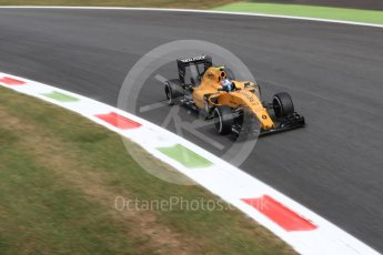World © Octane Photographic Ltd. Renault Sport F1 Team RS16 – Jolyon Palmer. Friday 2nd September 2016, F1 Italian GP Practice 2, Monza, Italy. Digital Ref : 1699LB1D6145