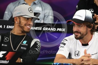 World © Octane Photographic Ltd. F1 Singapore GP FIA Driver Press Conference, Suzuka Circuit, Suzuka, Japan. Thursday 6th October 2016. Mercedes AMG Petronas – Lewis Hamilton and McLaren Honda - Fernando Alonso chat. Digital Ref : 1727LB1D3202