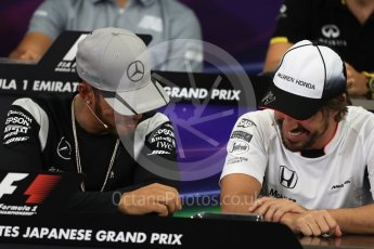 World © Octane Photographic Ltd. F1 Singapore GP FIA Driver Press Conference, Suzuka Circuit, Suzuka, Japan. Thursday 6th October 2016. Mercedes AMG Petronas – Lewis Hamilton and McLaren Honda - Fernando Alonso chat. Digital Ref : 1727LB1D3296