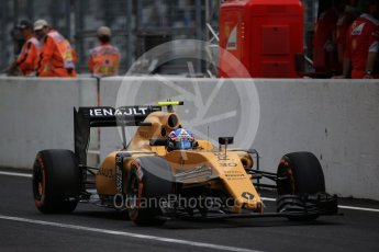World © Octane Photographic Ltd. Renault Sport F1 Team RS16 – Jolyon Palmer. Saturday 8th October 2016, F1 Japanese GP - Practice 3, Suzuka Circuit, Suzuka, Japan. Digital Ref : 1732LB2D3198