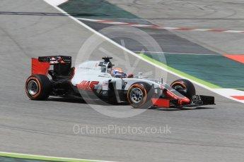 World © Octane Photographic Ltd. Haas F1 Team VF-16 – Romain Grosjean. Friday 13th May 2016, F1 Spanish GP - Practice 2, Circuit de Barcelona Catalunya, Spain. Digital Ref : 1539CB1D8039