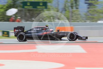 World © Octane Photographic Ltd. McLaren Honda MP4-31 – Jenson Button. Friday 13th May 2016, F1 Spanish GP Practice 2, Circuit de Barcelona Catalunya, Spain. Digital Ref : 1539CB1D8435