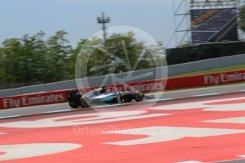 World © Octane Photographic Ltd. Mercedes AMG Petronas W07 Hybrid – Lewis Hamilton. Saturday 14th May 2016, F1 Spanish GP - Qualifying, Circuit de Barcelona Catalunya, Spain. Digital Ref : 1546LB1D6812
