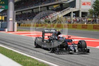 World © Octane Photographic Ltd. McLaren Honda MP4-31 – Jenson Button. Sunday 15th May 2016, F1 Spanish GP Race, Circuit de Barcelona Catalunya, Spain. Digital Ref :