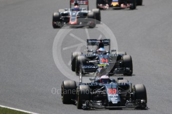 World © Octane Photographic Ltd. McLaren Honda MP4-31 – Jenson Button and Fernando Alonso. Sunday 15th May 2016, F1 Spanish GP Race, Circuit de Barcelona Catalunya, Spain. Digital Ref :