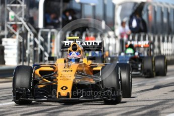 World © Octane Photographic Ltd. Renault Sport F1 Team RS16 – Jolyon Palmer and Sahara Force India VJM09 - Nico Hulkenberg. Saturday 22nd October 2016, F1 USA Grand Prix Practice 3, Austin, Texas – Circuit of the Americas (COTA). Digital Ref :1745LB1D2095