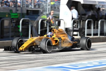 World © Octane Photographic Ltd. Renault Sport F1 Team RS16 – Jolyon Palmer. Saturday 22nd October 2016, F1 USA Grand Prix Practice 3, Austin, Texas – Circuit of the Americas (COTA). Digital Ref :1745LB1D2501