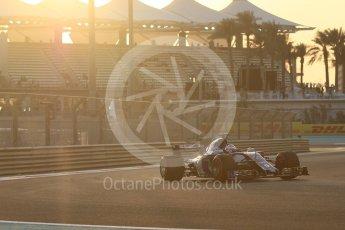 World © Octane Photographic Ltd. Formula 1 - Abu Dhabi Grand Prix - Friday - Practice 2. Marcus Ericsson – Sauber F1 Team C36. Yas Marina Circuit, Abu Dhabi. Friday 24th November 2017. Digital Ref: 2003CB1L6111