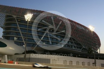World © Octane Photographic Ltd. Formula 1 - Abu Dhabi Grand Prix - Friday - Practice 2. Felipe Massa - Williams Martini Racing FW40. Yas Marina Circuit, Abu Dhabi. Friday 24th November 2017. Digital Ref: 2003CB5D0165