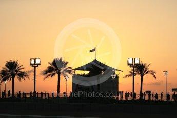 World © Octane Photographic Ltd. Formula 1 - Abu Dhabi Grand Prix - Friday - Practice 2. Fans with the setting sun behind them. Yas Marina Circuit, Abu Dhabi. Friday 24th November 2017. Digital Ref: 2003LB2D8573