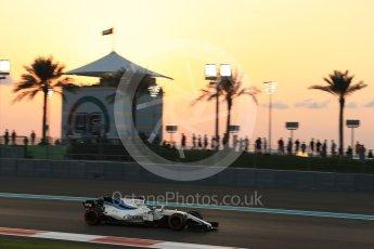 World © Octane Photographic Ltd. Formula 1 - Abu Dhabi Grand Prix - Friday - Practice 2. Felipe Massa - Williams Martini Racing FW40. Yas Marina Circuit, Abu Dhabi. Friday 24th November 2017. Digital Ref: 2003LB2D8726