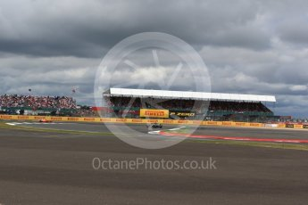 World © Octane Photographic Ltd. Formula 1 - British Grand Prix - Sunday - Race. Lewis Hamilton - Mercedes AMG Petronas F1 W08 EQ Energy+. Silverstone, UK. Sunday 16th July 2017. Digital Ref: 1892LB2D0116