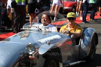 World © Octane Photographic Ltd. Formula 1 - Japanese Grand Prix - Sunday - Drivers' Parade. Nico Hulkenberg - Renault Sport F1 Team R.S.17. Suzuka Circuit, Suzuka, Japan. Sunday 8th October 2017. Digital Ref:1979LB1D0111