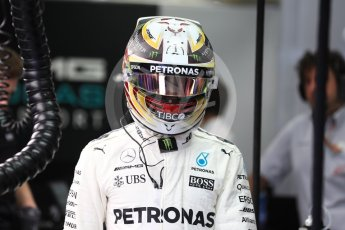 World © Octane Photographic Ltd. Formula 1 - Singapore Grand Prix - Practice 3. Lewis Hamilton - Mercedes AMG Petronas F1 W08 EQ Energy+. Marina Bay Street Circuit, Singapore. Saturday 16th September 2017. Digital Ref:1962LB1D1396