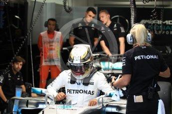 World © Octane Photographic Ltd. Formula 1 - Singapore Grand Prix - Practice 3. Lewis Hamilton - Mercedes AMG Petronas F1 W08 EQ Energy+. Marina Bay Street Circuit, Singapore. Saturday 16th September 2017. Digital Ref:1962LB1D1436