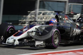 World © Octane Photographic Ltd. Formula 1 - Singapore Grand Prix - Practice 3. Romain Grosjean - Haas F1 Team VF-17. Marina Bay Street Circuit, Singapore. Saturday 16th September 2017. Digital Ref:1962LB1D1833