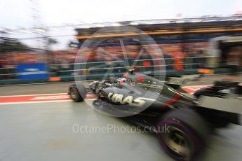 World © Octane Photographic Ltd. Formula 1 - Singapore Grand Prix - Practice 3. Romain Grosjean - Haas F1 Team VF-17. Marina Bay Street Circuit, Singapore. Saturday 16th September 2017. Digital Ref:1962LB2D1617