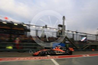 World © Octane Photographic Ltd. Formula 1 - Singapore Grand Prix - Practice 3. Fernando Alonso - McLaren Honda MCL32. Marina Bay Street Circuit, Singapore. Saturday 16th September 2017. Digital Ref:1962LB2D1724