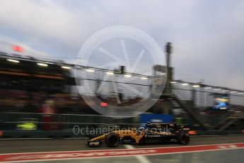 World © Octane Photographic Ltd. Formula 1 - Singapore Grand Prix - Practice 3. Jolyon Palmer - Renault Sport F1 Team R.S.17. Marina Bay Street Circuit, Singapore. Saturday 16th September 2017. Digital Ref:1962LB2D1779