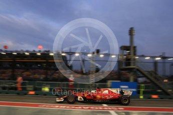 World © Octane Photographic Ltd. Formula 1 - Singapore Grand Prix - Practice 3. Sebastian Vettel - Scuderia Ferrari SF70H. Marina Bay Street Circuit, Singapore. Saturday 16th September 2017. Digital Ref:1962LB2D1829