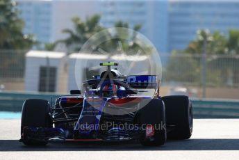 World © Octane Photographic Ltd. Formula 1 – Abu Dhabi GP - Practice 1. Scuderia Toro Rosso STR13 – Pierre Gasly. Yas Marina Circuit, Abu Dhabi. Friday 23rd November 2018.