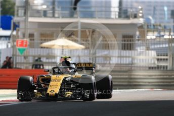 World © Octane Photographic Ltd. Formula 1 –  Abu Dhabi GP - Practice 1. Renault Sport F1 Team RS18 – Carlos Sainz. Yas Marina Circuit, Abu Dhabi. Friday 23rd November 2018.