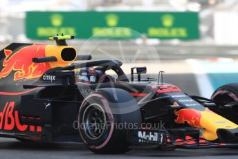 World © Octane Photographic Ltd. Formula 1 –  Abu Dhabi GP - Practice 1. Aston Martin Red Bull Racing TAG Heuer RB14 – Max Verstappen. Yas Marina Circuit, Abu Dhabi. Friday 23rd November 2018.