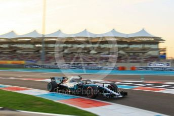 World © Octane Photographic Ltd. Formula 1 – Abu Dhabi GP - Qualifying. Mercedes AMG Petronas Motorsport AMG F1 W09 EQ Power+ - Lewis Hamilton. Yas Marina Circuit, Abu Dhabi. Saturday 24th November 2018.