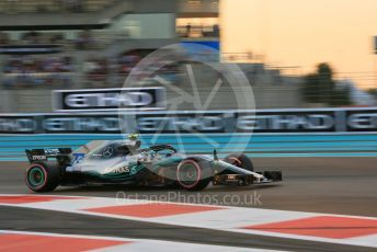 World © Octane Photographic Ltd. Formula 1 – Abu Dhabi GP - Qualifying. Mercedes AMG Petronas Motorsport AMG F1 W09 EQ Power+ - Valtteri Bottas. Yas Marina Circuit, Abu Dhabi. Saturday 24th November 2018.