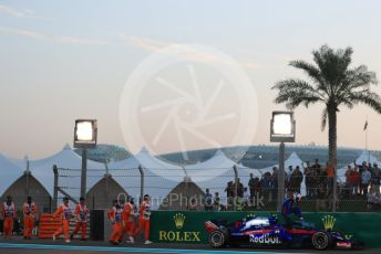 World © Octane Photographic Ltd. Formula 1 – Abu Dhabi GP - Qualifying. Scuderia Toro Rosso STR13 – Pierre Gasly. Yas Marina Circuit, Abu Dhabi. Saturday 24th November 2018.