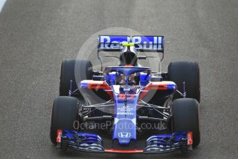 World © Octane Photographic Ltd. Formula 1 –  Abu Dhabi GP - Race. Scuderia Toro Rosso STR13 – Pierre Gasly. Yas Marina Circuit, Abu Dhabi. Sunday 25th November 2018.