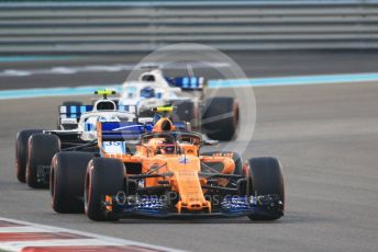 World © Octane Photographic Ltd. Formula 1 –  Abu Dhabi GP - Race. McLaren MCL33 – Stoffel Vandoorne and Williams Martini Racing FW41 – Sergey Sirotkin and Lance Stroll. Yas Marina Circuit, Abu Dhabi. Sunday 25th November 2018.