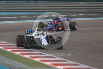World © Octane Photographic Ltd. Formula 1 –  Abu Dhabi GP - Race. Williams Martini Racing FW41 – Sergey Sirotkin and Scuderia Toro Rosso STR13 – Brendon Hartley. Yas Marina Circuit, Abu Dhabi. Sunday 25th November 2018.