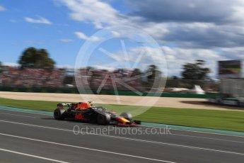 World © Octane Photographic Ltd. Formula 1 – Australian GP - Race. Aston Martin Red Bull Racing TAG Heuer RB14 – Daniel Ricciardo. Albert Park, Melbourne, Australia. Sunday 25th March 2018.