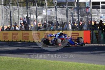 World © Octane Photographic Ltd. Formula 1 – Australian GP - Friday Practice 2. Scuderia Toro Rosso STR13 – Pierre Gasly. Albert Park, Melbourne, Australia. Friday 23rd March 2018.