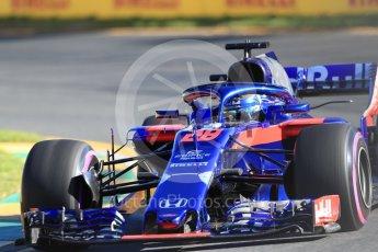 World © Octane Photographic Ltd. Formula 1 – Australian GP - Friday Practice 2. Scuderia Toro Rosso STR13 – Brendon Hartley. Albert Park, Melbourne, Australia. Friday 23rd March 2018.