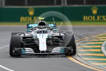 World © Octane Photographic Ltd. Formula 1 – Australian GP - Qualifying. Mercedes AMG Petronas Motorsport AMG F1 W09 EQ Power+ - Valtteri Bottas. Albert Park, Melbourne, Australia. Saturday 24th March 2018.