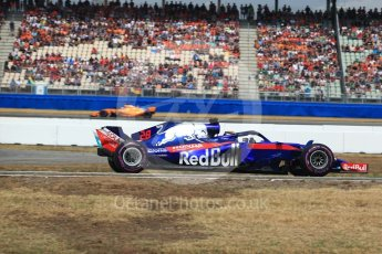 World © Octane Photographic Ltd. Formula 1 – German GP - Qualifying. Scuderia Toro Rosso STR13 – Brendon Hartley and McLaren MCL33 – Fernando Alonso. Hockenheimring, Baden-Wurttemberg, Germany. Saturday 21st July 2018.